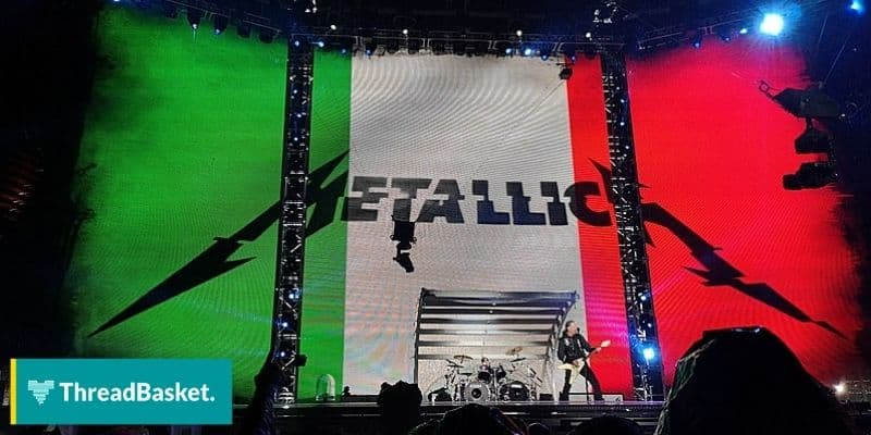 metallica concert with logo on the stage background